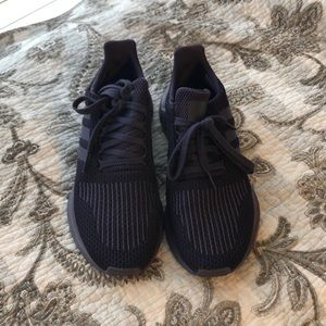 women's adidas run swift size 8